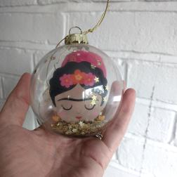 frida-glitter-bauble