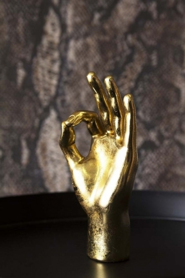 ok-gold-hand-ornament