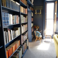 books-at-the-parisi-hotel-york